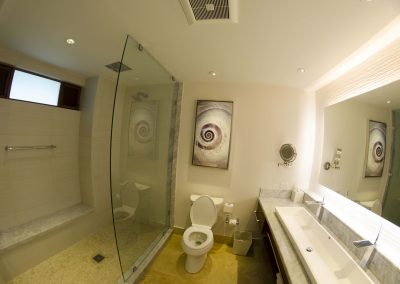 Even the bathroon is elegant