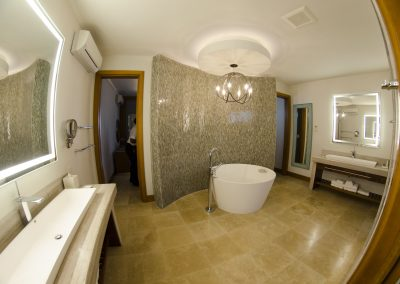 Just part of the Romeo & Juliet Suite amazing bathroom
