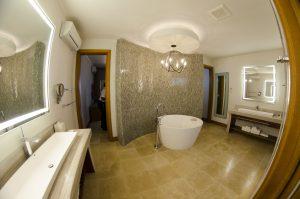 Just part of the Romeo & Juliet Suite amazing bathroom
